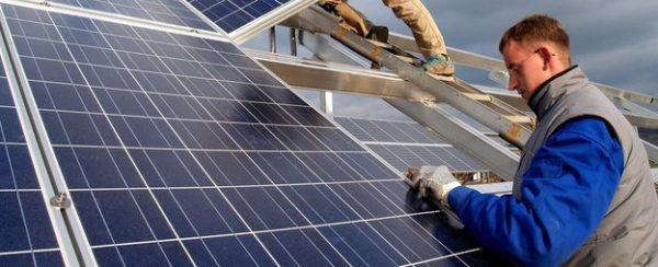 installateursbeelden_1320_624_auto_q_duurzame-energie